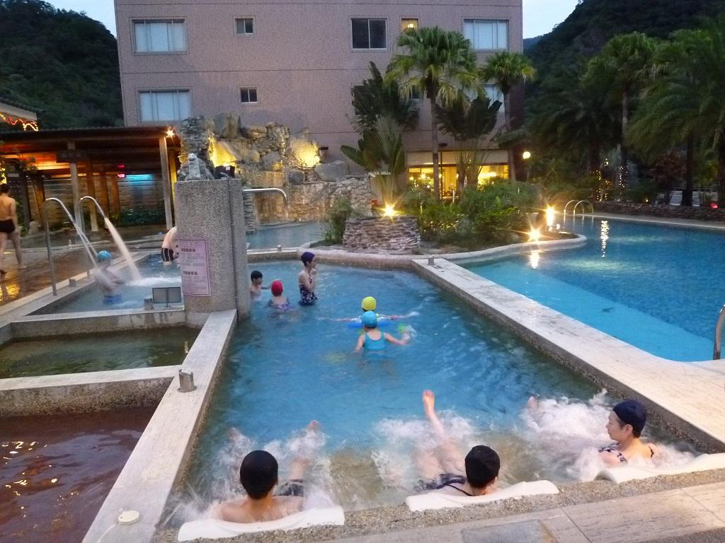 知本統茂温泉旅館